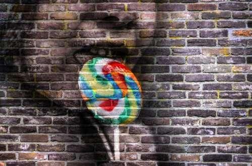 Lolipop brick wall