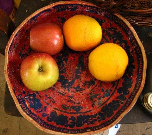 fruit in bowl