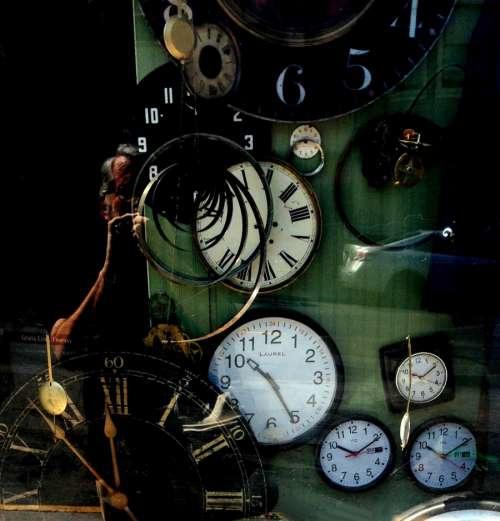 clock repairing