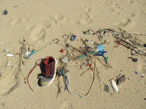 Pollution plastic beach flotsam jetsam