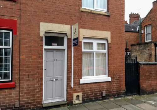 terraced house midlands to let street