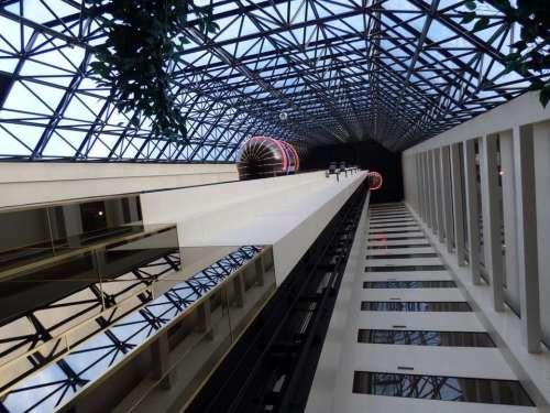 elevator atlantis casino