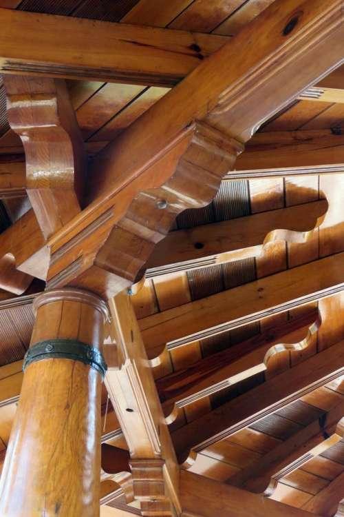 wood works craft kiosk beam