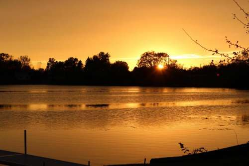 #sunset #lake