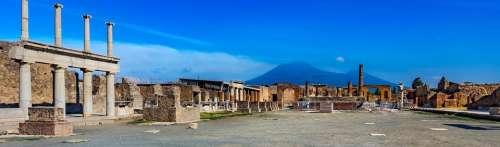 Pompeii runis scenery ytravel
