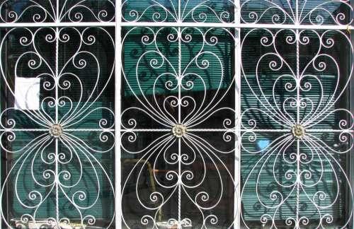 metal white curves door pattern