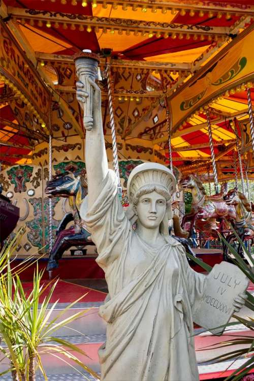 carousel ride amusement horses fairground