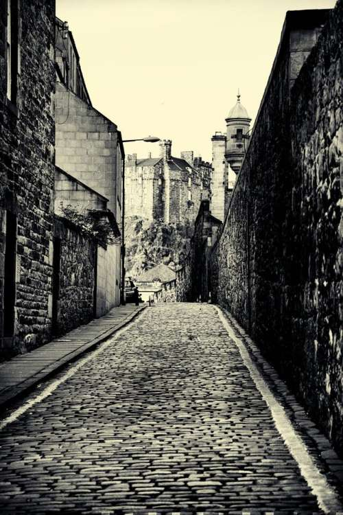 edinburgh darkedinburgh castle scotland