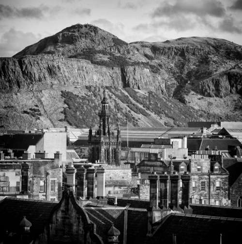 edinburgh scotland mountain skyline