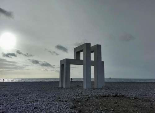 le havre sculpture beach winter Ocean Gate