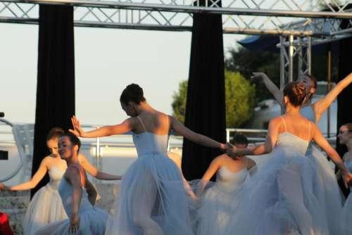 ballerina ballerina dancer ballerina dancers performer dance