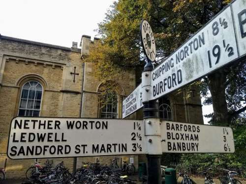 sign post historic oxford