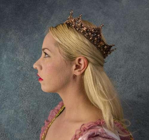queen victorian princess regal royal