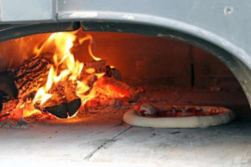 pizza oven fire cooking food