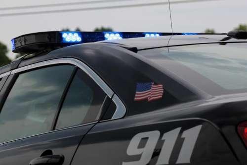 911 police cop law enforcement car