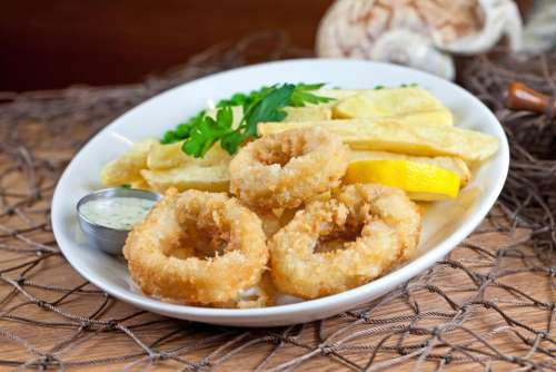 eating cooking lunch dinner onion rings