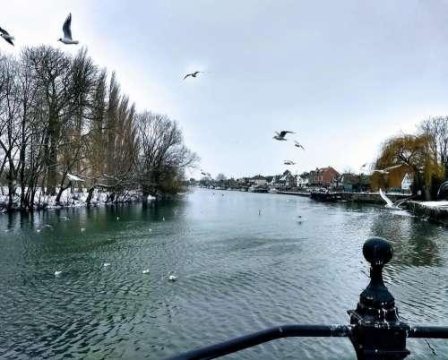 Abingdon St Helens Wharf bridge thames snow