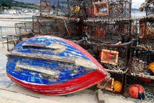 boat fishing hull underside lobster pots