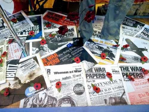 remembrance sunday war old newspapers armistice