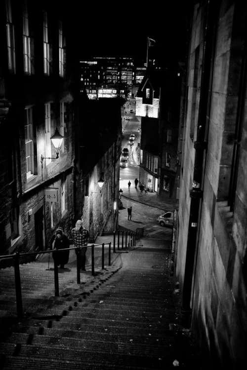 edinburgh scotland darkedinburgh night climb
