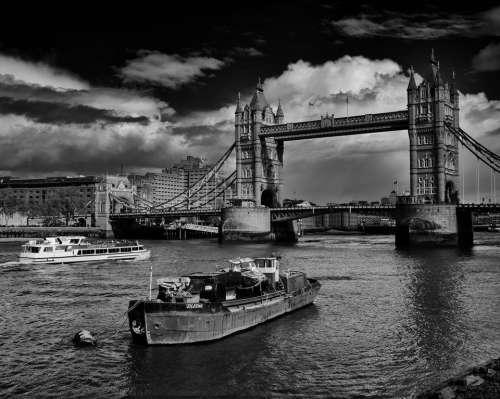 london river thames tower bridge