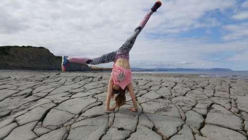 handstand hand stand gymnastics fitness beach
