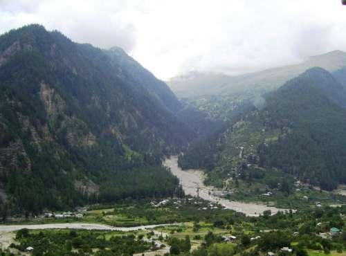 Valley gulch river village mountains