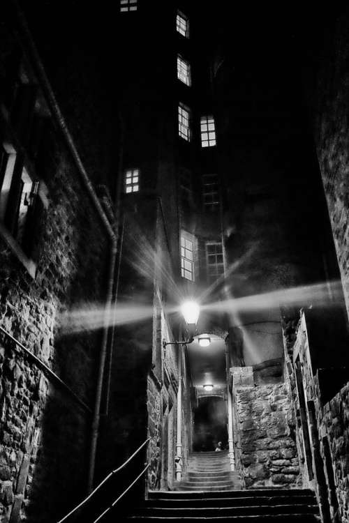 edinburgh darkedinburgh night street scotland