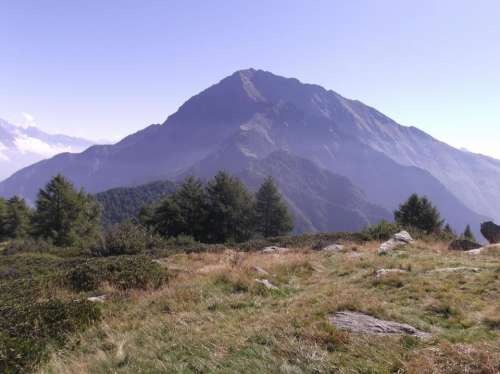 mountain mountains alps valley scenery