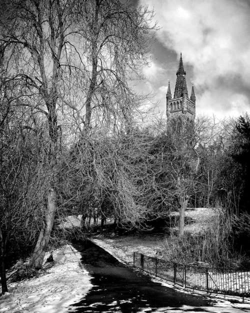 glasgow scotland university snow winter
