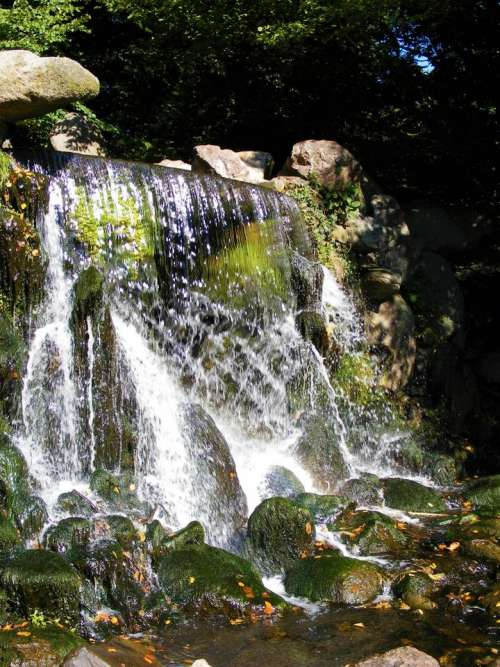 Arnhem waterfall water park sun