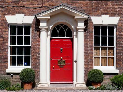 red door hotel classical architecture