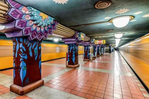 Berlin Metro Paul Star Road Ubahn Train
