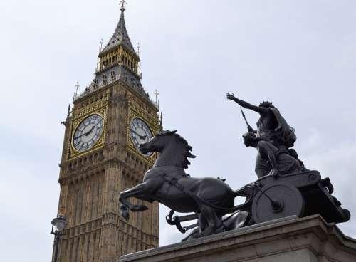 Big Ben Statue Parliament Horse Monument