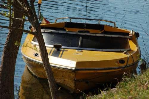 Boat Nautica Speedboat Nautical