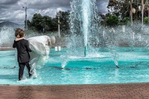 Bride Groom Dress Suit Water Fountain Walking