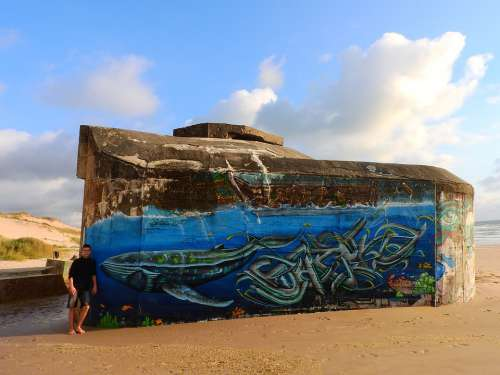 Bunker Beach Grafitti Médoc France Atlantic