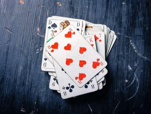 Cards Card Game Heart Pik Pokes Fun At