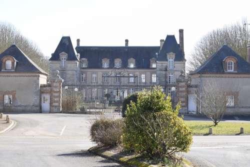 Castle Village France Architecture History
