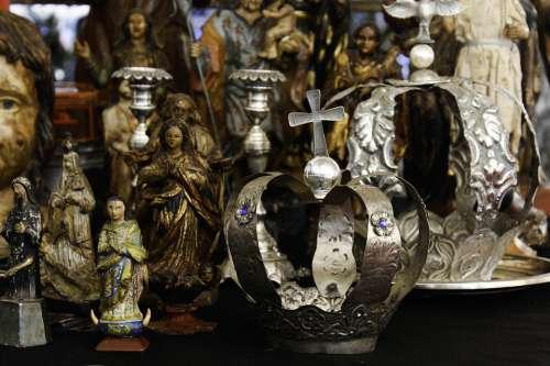 Crown Antique Santos