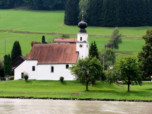 Danube Shipping River Cruise Church