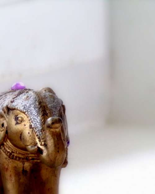 Elephant Ganesh Doré White Light India God