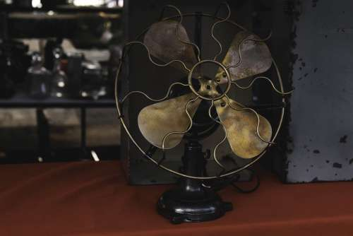 Fan Antique Wind