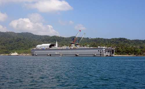 Filoating Dock North Bay Andaman Sea Landscape