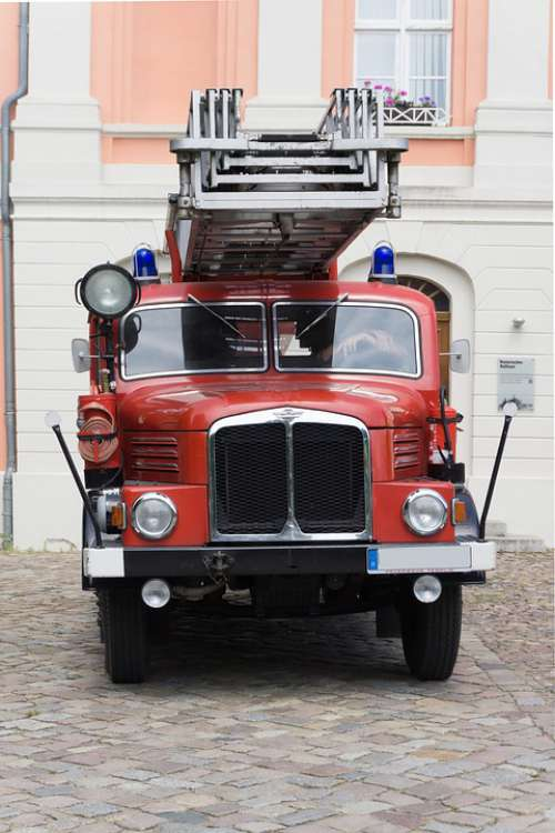 Fire Auto Red Old Oldtimer Fire Truck Vehicle