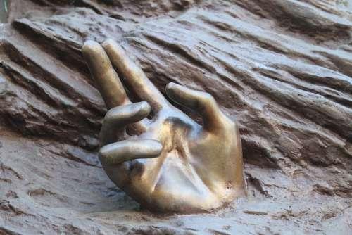 Hands Sculpture Art Braga Portugal