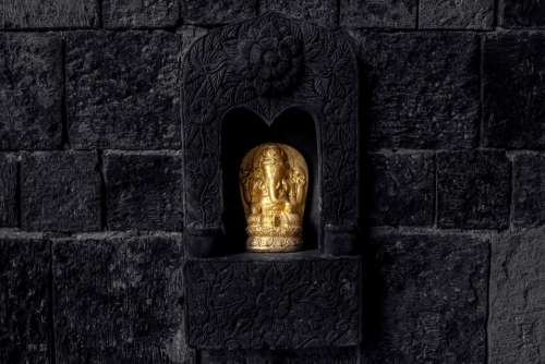 Image Statue Wall Gold Black Stone Sculpture