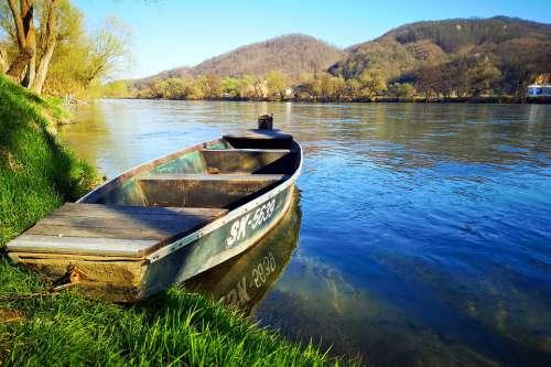 Kostajnica River Una Croatia Boat Green Nature