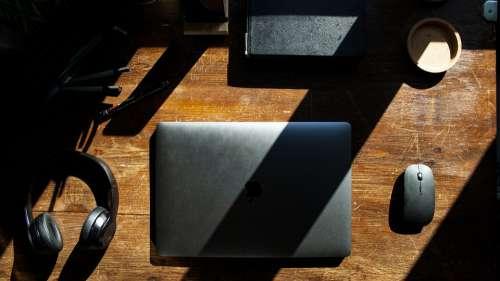 Macbook Setup Design Interior Software Gear Room