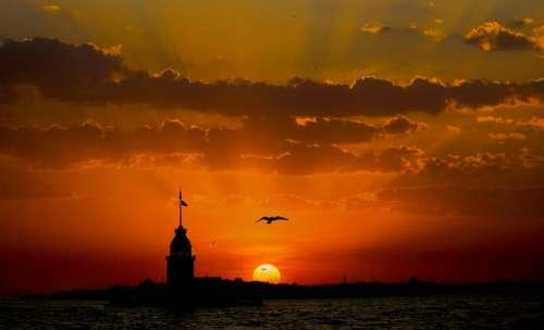 Maiden'S Tower Kiz Kulesi Üsküdar Istanbul Sunset